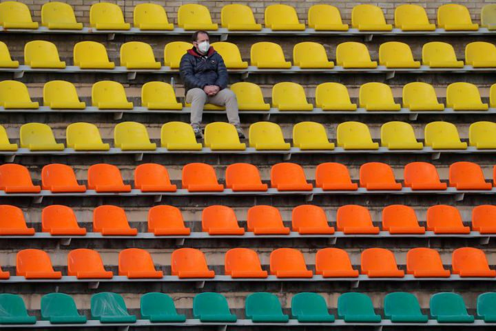 Belarus soccer continues amid virus anxiety and empty stands